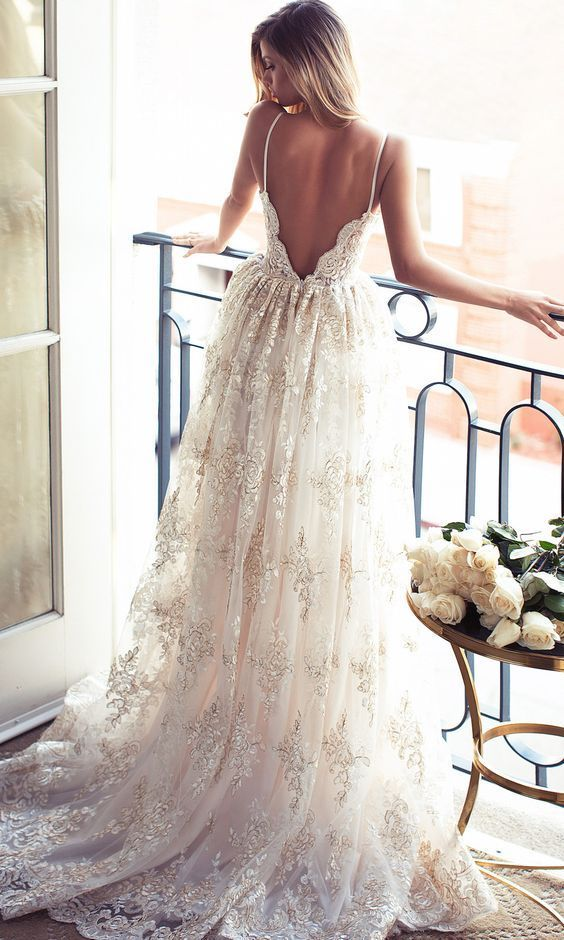 Spaghetti Straps Low Back Summer Wedding Dress Boho Bridal Gown with Appliques Lace-----------------------------------------------------------------------------【FABRIC】: Tulle【EMBELLISHMENTS】:..