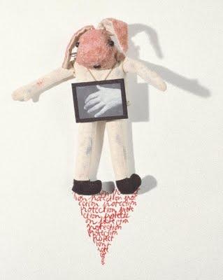 Mes petites effigies / Annette Messager