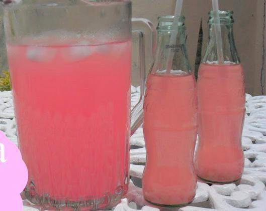 Como fazer limonada rosa - 4 passos (com imagens)                                                                                                                                                                                 Mais