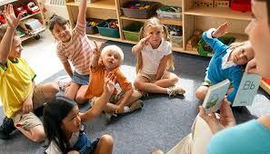 Výsledok vyhľadávania obrázkov pre dopyt children in the classroom