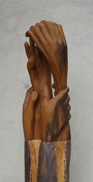 Comfort.These hands give support where needed. Dim:. 38x16x13, oak.