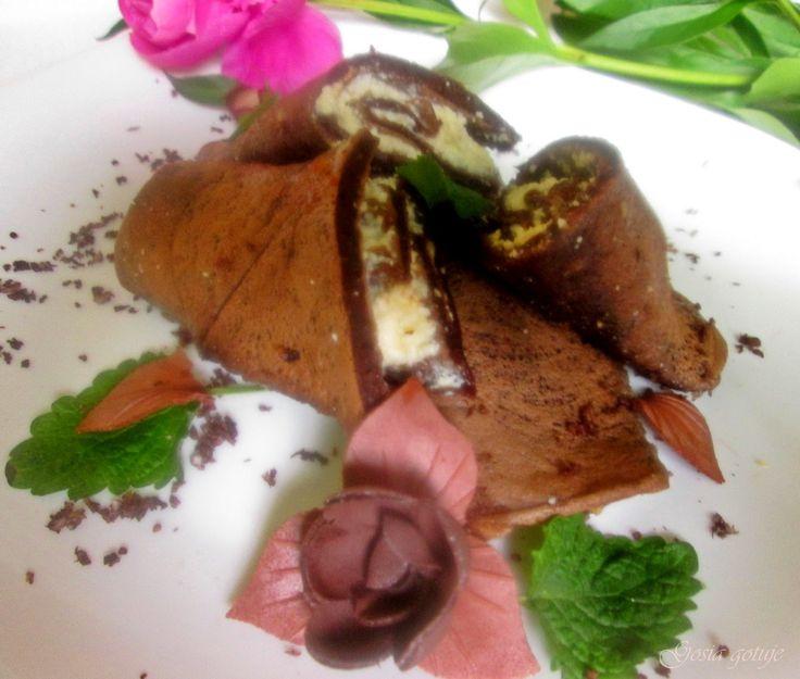 Gosia gotuje: Naleśniki czekoladowe z mascarpone i orzechami