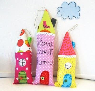little sewn houses, too cute!