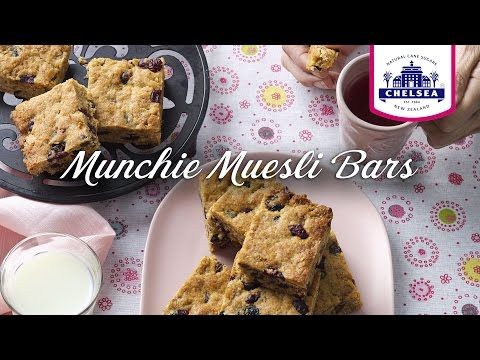 Munchie Muesli Bar Recipe | Chelsea Sugar