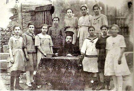 1919 Metron ( Çatalca ) Rum Kız Okulu. 19.yy ikinci yarısında açılmış Rum okullarından