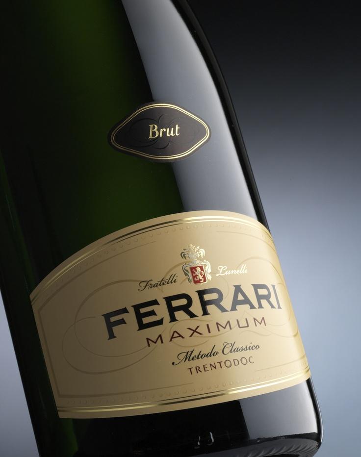 PROSECCO (Italian Champagne) - FERRARI Maximum ( by Fratelli Lunelli) Trentino, Italy
