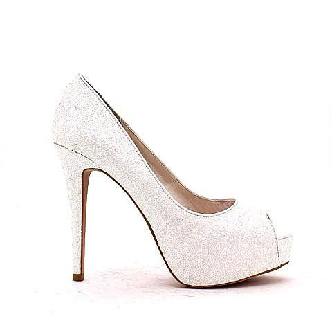 ESSENTIAL heels in white/glitter. #mybetsonBetts #BettsRaceDayReady #BettsShoes #shoes #heels