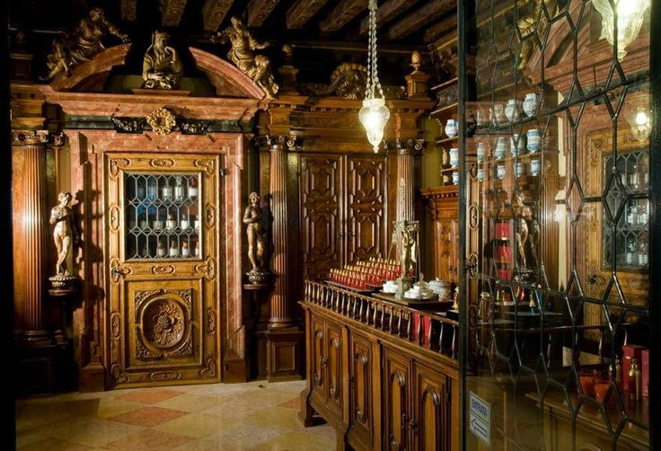 Ancient Chemist shop, Venice via Ca' Mocenigo: 18th century Interiors, Costumes and the History of Perfume