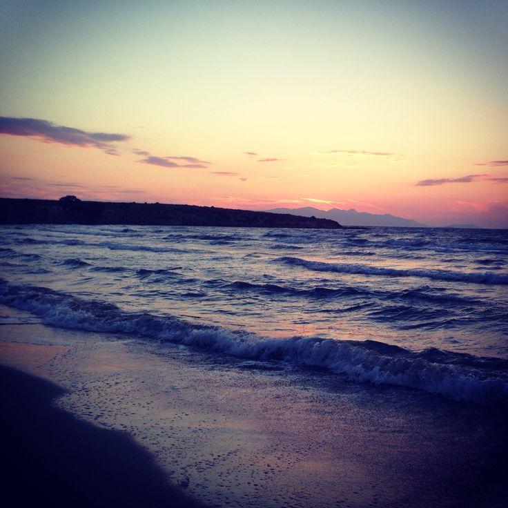 Çeşme, Ada Balık Incredible sunset But be prepared, it's really windy
