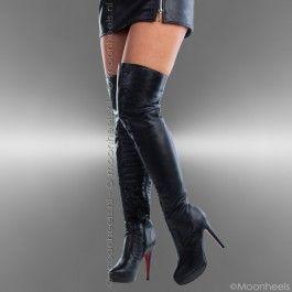 Zwarte overknee boots met rode zool en plateau