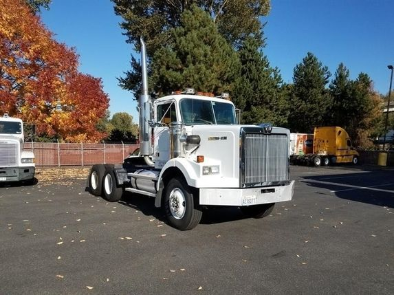 Throwbackthursday Check Out This 1989 Western Star 4800 View More