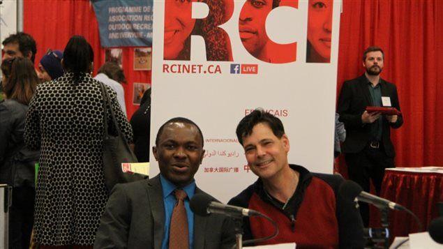 Votre animateur Stéphane Parent et votre coanimateur Martien Fossuo, un auditeur de RCI originaire du Cameroun, vont au Salon de l'immigration et de l'intégration au Québec cette semaine. Il vous font découvrir avec des invités spéciaux les trucs et astuces pour maximiser vos chances de décrocher un