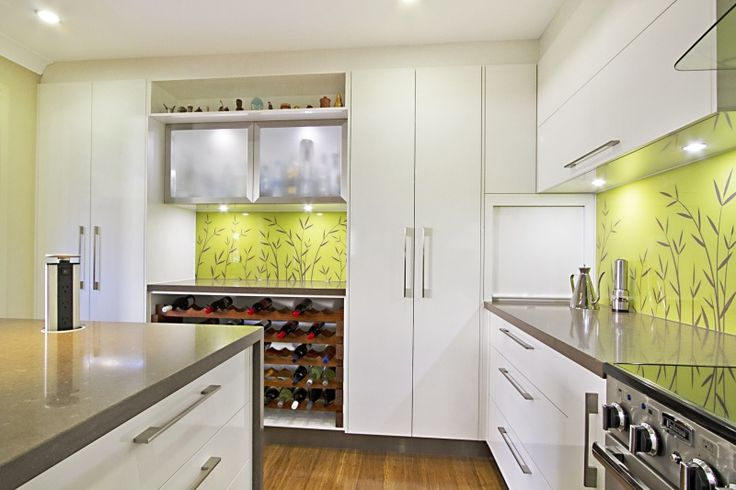 modern kitchens cabinets 18 best caesarstone 6600 nougat images on 4230
