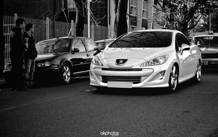 Peugeot 308 CC @ Enfierrados