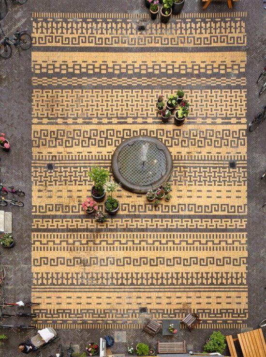 Courtyard in Classensgade by 1:1 Landskab « Landezine | Landscape Architecture Works