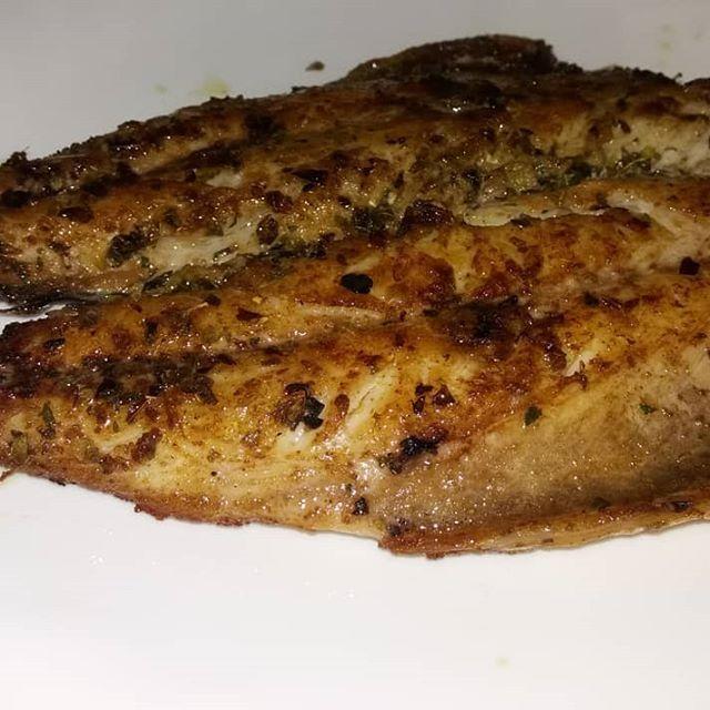 Caballa A La Plancha Con Especias Recetas De Comida Especias Queremos Comer