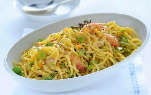 Ζυμαρικά με γαρίδες και λαχανικά - iCookGreek