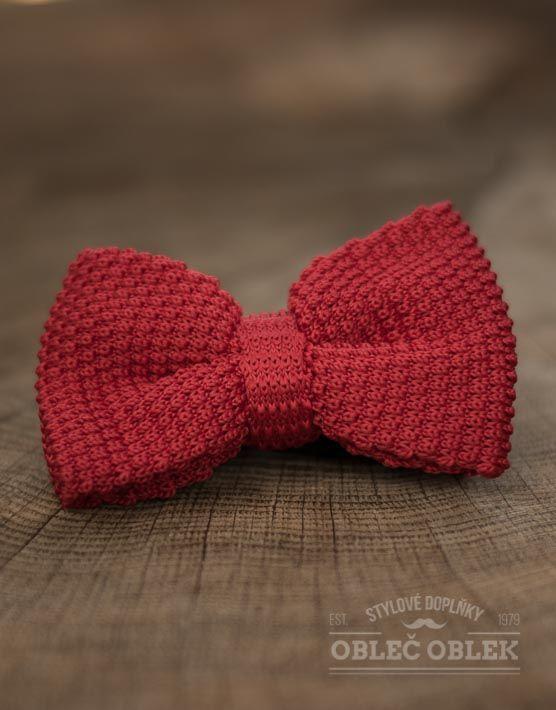 Červený pletený motýlek k obleku Double deck