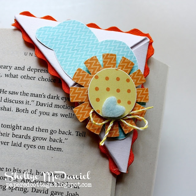 The Papered Cottage: Bookmark