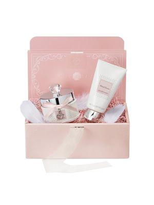 2012 JILLSTUART Original Gift Campaign 2012年12月7日(金)よりスタート 期間中ジルスチュアート プレゼントボックスをご購入の方に、期間限定の「オリジナルギフトツール」をセット致します。 この機会に、ぜひご利用ください。 ※ギフトツールは数量限定となりますので、品切れの際はご容赦ください。