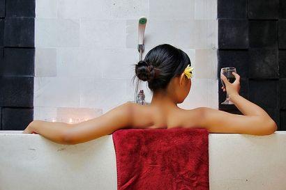 1. RATUS YONI WANGI 2. WINE / BEER SPA 3. BALINESE LULUR 4. JETLAG MASSAGE  #treatment #spa #traditional #aromatic #relax #bali #tripsbali
