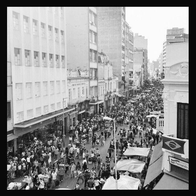 Comércio Popular na Rua 25 de Março - Centro - São Paulo - Brasil #sp #brasil