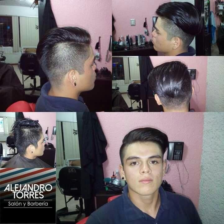 @llecorte #undercut  #ritualafeitafoartesanal.  #estilohaircut ut #ritualafeitado #caballero #barbon #hipster #estilourbano #urbanstyl #salon_barberia #mexico 🇲🇽 #villahermosa #tabasco #teñir #capilar #tanqueelevado #salon #peluquero #peluqueria #barberia  #barbershop #salon_barberia  #hashtag #ActitudAlejandroTorres citas 9932309071