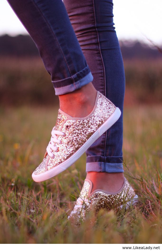 Sparkle sneakers - how cute with jeans and a plain t-shirt! Maybe buy cheap ones from Wal-Mart and coat with glue and glitter? for the girlie too! SO DOING THIS FOR THE SUMMER!