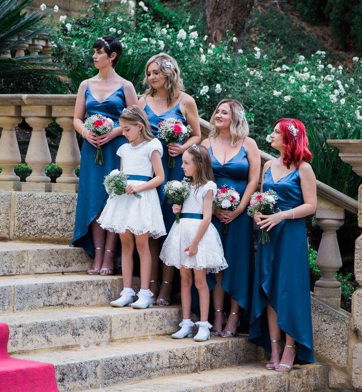 Bridesmaids and Flower girls at Caversham Wedding  Timika Prygoda Woodnote Photography