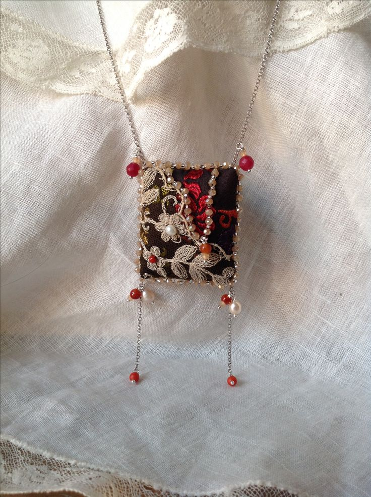 Silver and Fabric neklace with lace and semiprecious stones