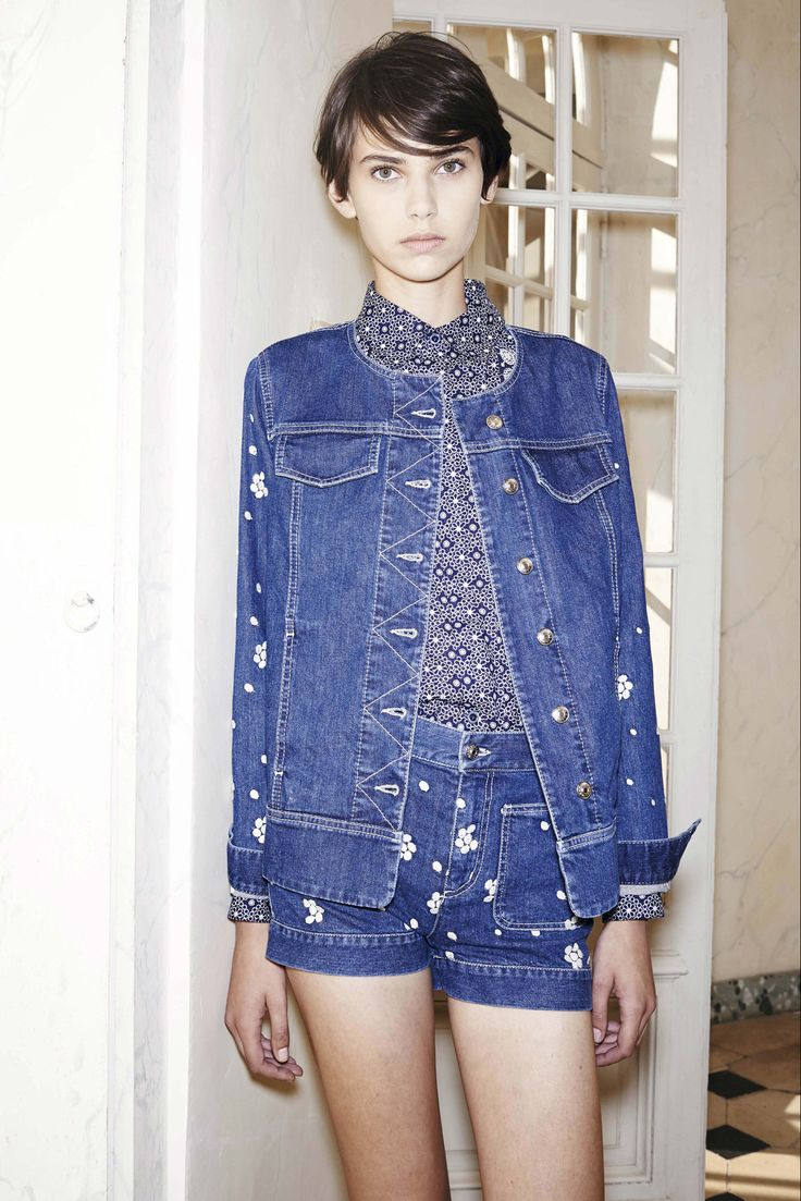 See the complete See by Chloé Spring 2015 Ready-to-Wear collection. (the collar and denim collar area are my favvvv)