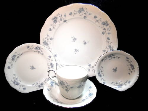 9 best china antique vintage images on pinterest dish dishes and vintage johann haviland china set bavaria germany service for 8 minus one coffee cup plus one fandeluxe Image collections