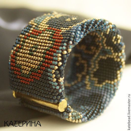 Браслеты ручной работы. браслет «Темные цветы»,  широкий браслет, браслет из бисера. Каtеpина (katebead). Интернет-магазин Ярмарка Мастеров.