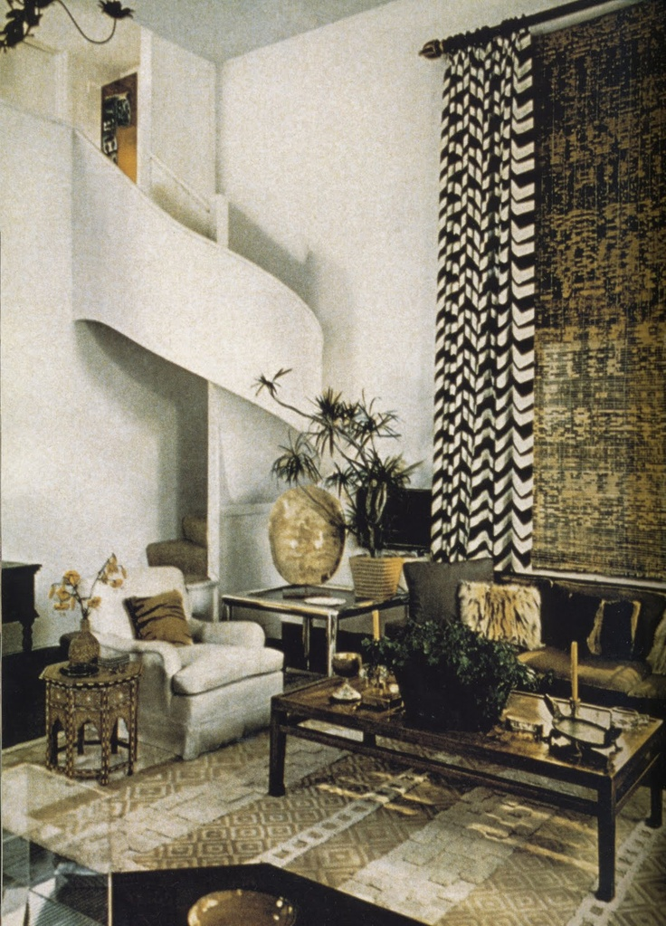 A Chicago apartment decorated by Albert Hadley in the 1970s