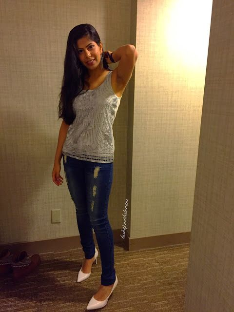 What happens in Vegas? part I.. a travel blog series which lists every awesome thing one can/gets to enjoy in Vegas. And, more.. on http://www.fashupwithshivani.com/2015/12/holiday-season-with-what-happens-in.html #fashion #beauty #travel #travellog #fashionblogger  #fashionblog #traveltips #vegasbaby #lasvegas #followus #bloggerstyle #fun #happy #life #lifestyle #casino #amazing #westin #love #holidayseason #makeup #beautyblog