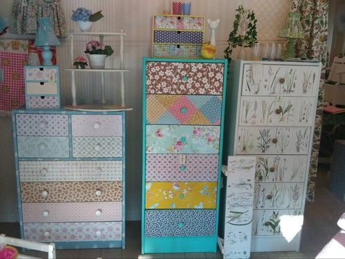 http://www.femme.se/bambi/2011/08/25/piffiga-och-personliga-barnmobler/