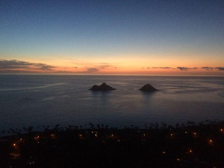 Things to do on Oahu - Pillbox hike at sunrise in Lanikai