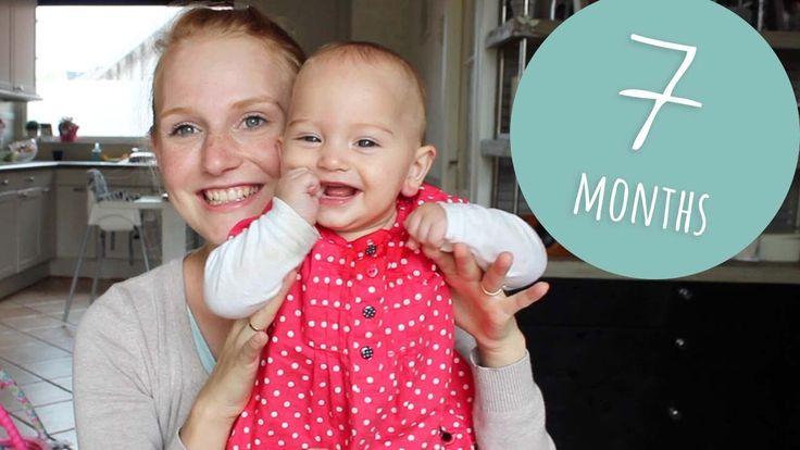 7 MONTHS UPDATE | sitting, crawling & very ticklish baby!