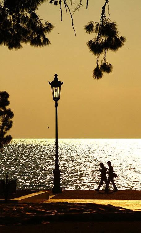 Strolling at sunset in Thessaloniki