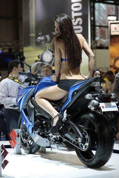 112 best images about moto divers on pinterest for Hotesse salon moto