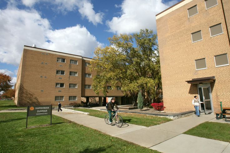 an overview of the dorm life at bowling green state university Bowling green state university-main campus - in state tuition $11057 - out of state tuition: $18593 - 4 year graduation rate 3370% (2016.