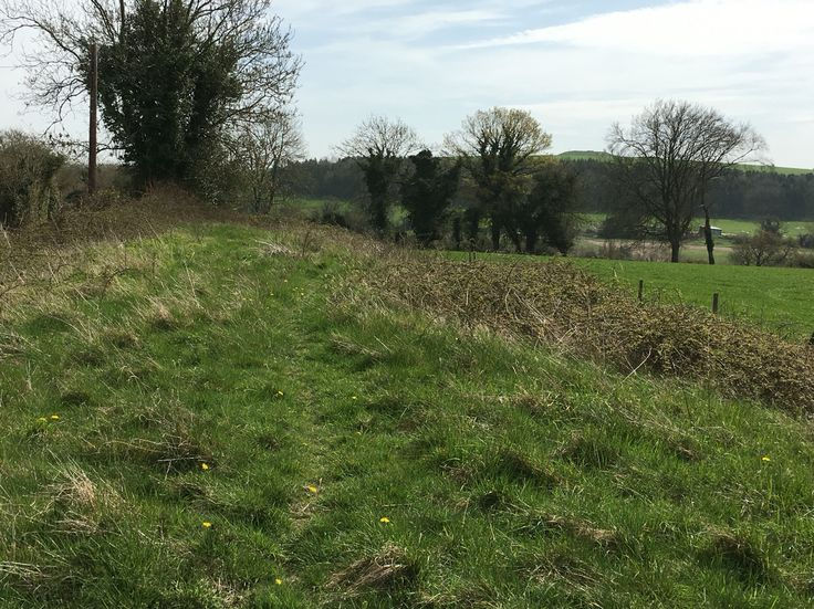 Bevis's Thumb Earthen Long Barrow note Apple down although a reservoir today was a Anglo Saxon burial ground and Bronze Age barrow