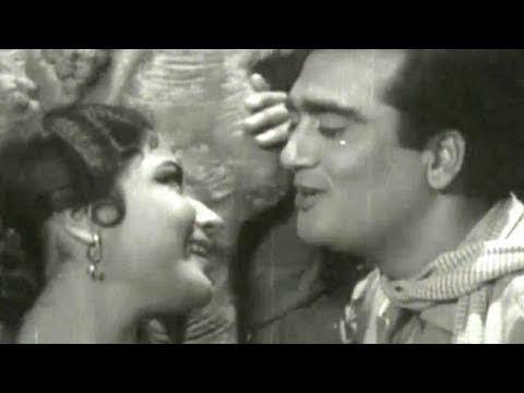 Koi Bata De Dil - Sunil Dutt, Meena Kumari, Main Chup Rahungi Song (Duet)