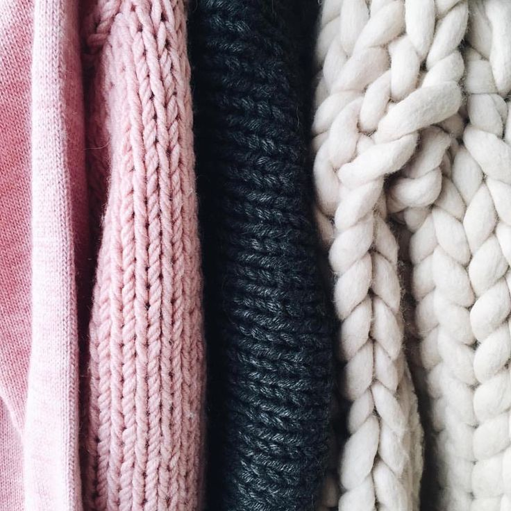 Amazing #chunky knits and #pastel colors