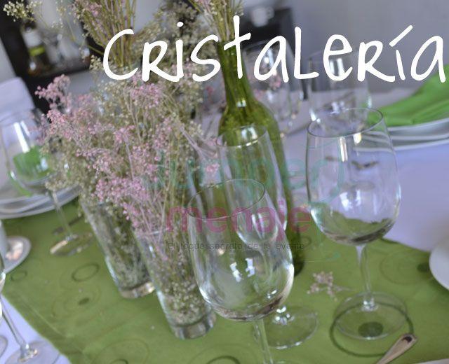 Contamos con gran variedad de menaje para toda clase de eventos, sociales, empresariales, familiares.
