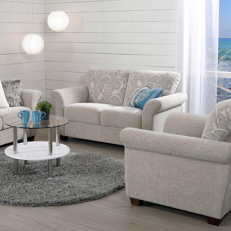 Malli: Mari Vaihtoehdot: 2- ja 3-istuttava sohva ja vuodesohva, nojatuoli Jälleenmyyjä: Sotka-myymälät  #pohjanmaan #pohjanmaankaluste #käsintehty