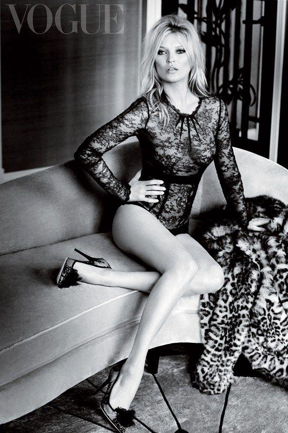 Vogue UK December 2014   Kate Moss   Mario Testino