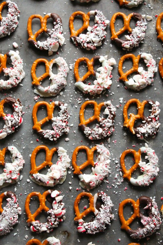 Peppermint Bark Dipped Pretzels. - Layers of Happiness
