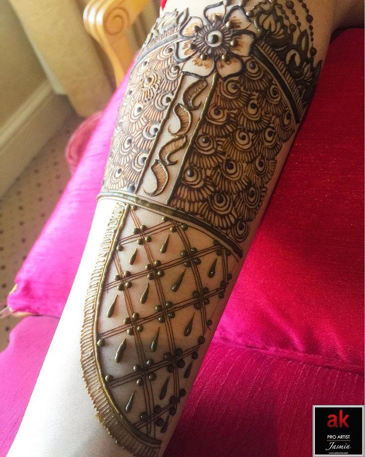 "26 Likes, 1 Comments - Jasmin Panchal (@jasmin_akartist) on Instagram: ""It's all in the detail  Happy Sunday everyone!  . . . #henna #hennatattoo #hennadesign #hennaart…"""