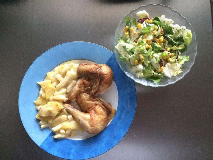 gebratenes Huhn mit Kartoffelgemüse und Salat 17. Januar 2015